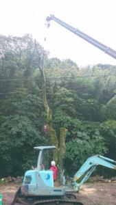 吊り切り作業の様子